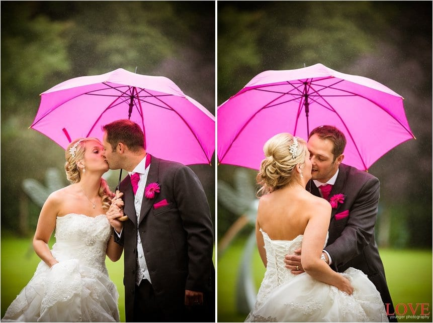 Cheap Wedding Photography Plymouth: Moorland Gardens Wedding In The Rain By Plymouth Wedding